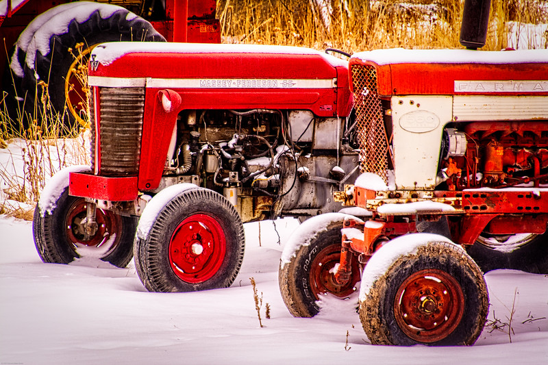 I just love old tractors in the snow
