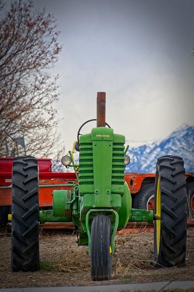 SRf2002_1964_Tractor