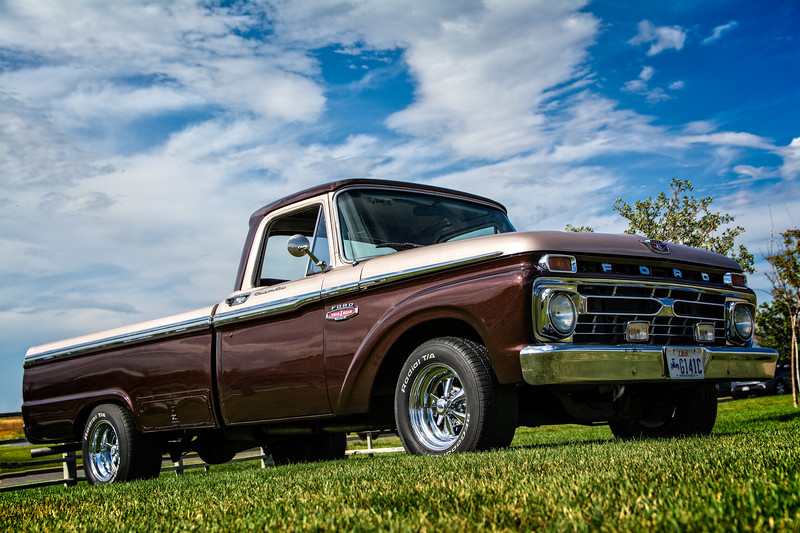 At the Daybreak Car Show, Thursday, July 20, 2017. A 1966 Ford F100 Truck. My favorite of all the cars at this particular show.