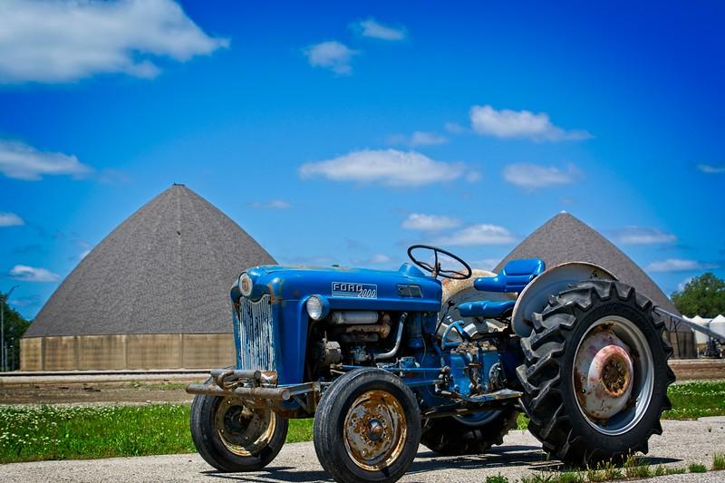 SRf2006_2338_Tractor