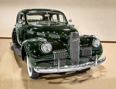 1940 LaSalle 40/52 Special Sedan.