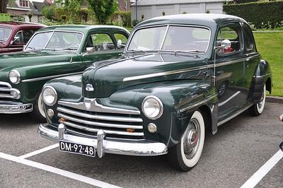 Ford V8 De Luxe, 1947 DSC_4424