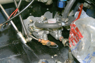 Dual master cylinders with the rear brake lines hooked up