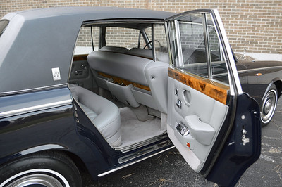 1970 LWB Silver Shadow with Division