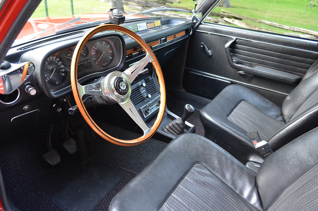 The Nardi steering wheel came from a friend's collection and was an option item from a 2000CS. The horn contact was set up backwards from that of the Bavaria so a bit of fabrication was necessary. I love the feel of this narrow rimmed wheel and it helps to enliven an otherwise monochrome interior.