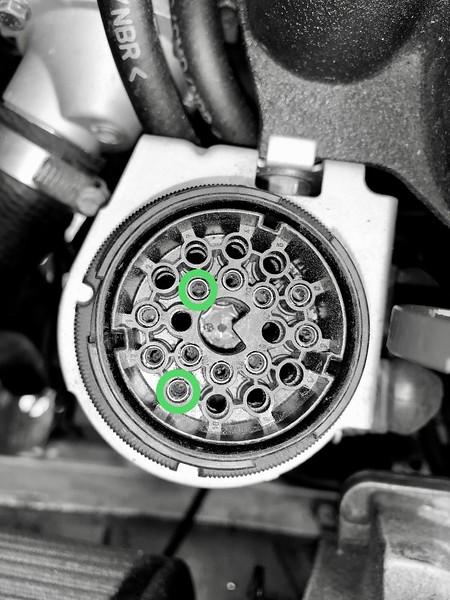 E30 Diagnostic Plug