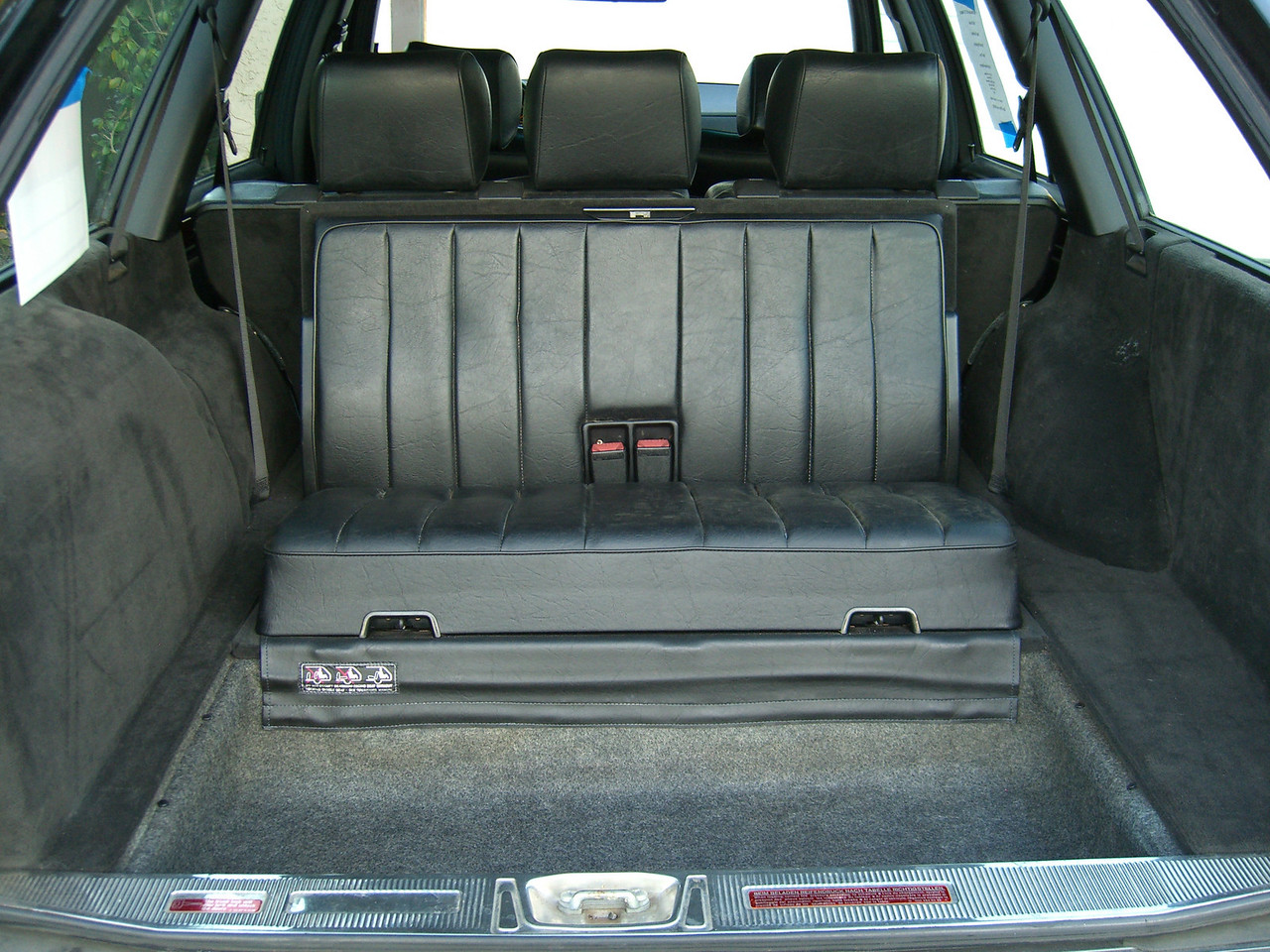 7 Seater Station Wagon