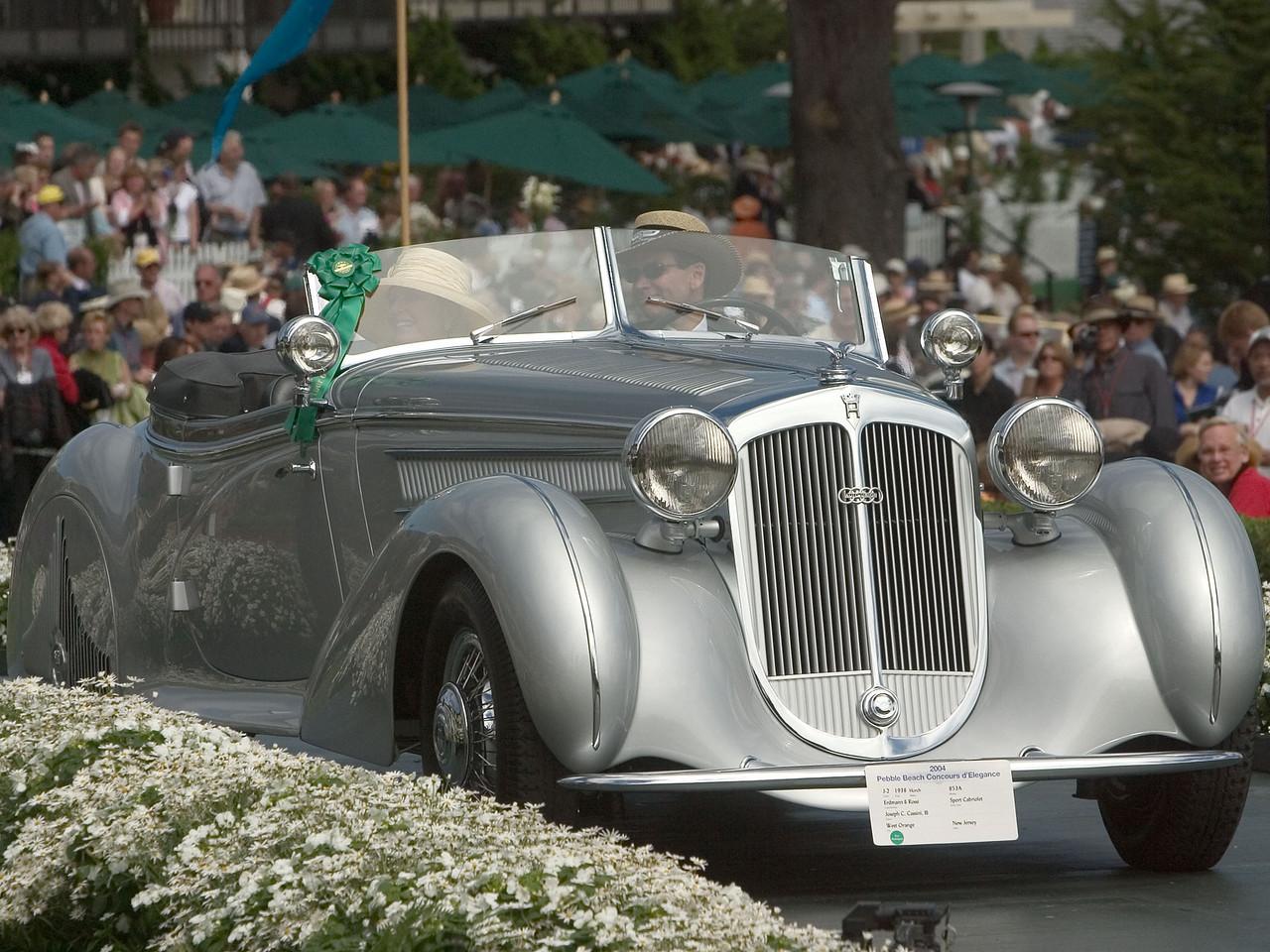 1938 Horch 853A Erdmann & Rossi Sport Cabriolet. 1st European 1925-39 Open.  Joseph Cassini.