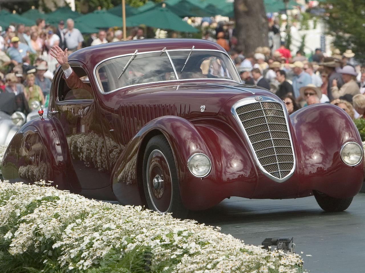 1932 Alfa Romeo 8C 2300 Viotti Coupe. 1st European 1925-39 Closed.  Arturo and Deborah Keller.
