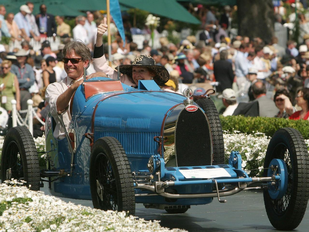 1927 Bugatti Type 37. 3rd European Sports & Racing Prewar.  Christina Allison.