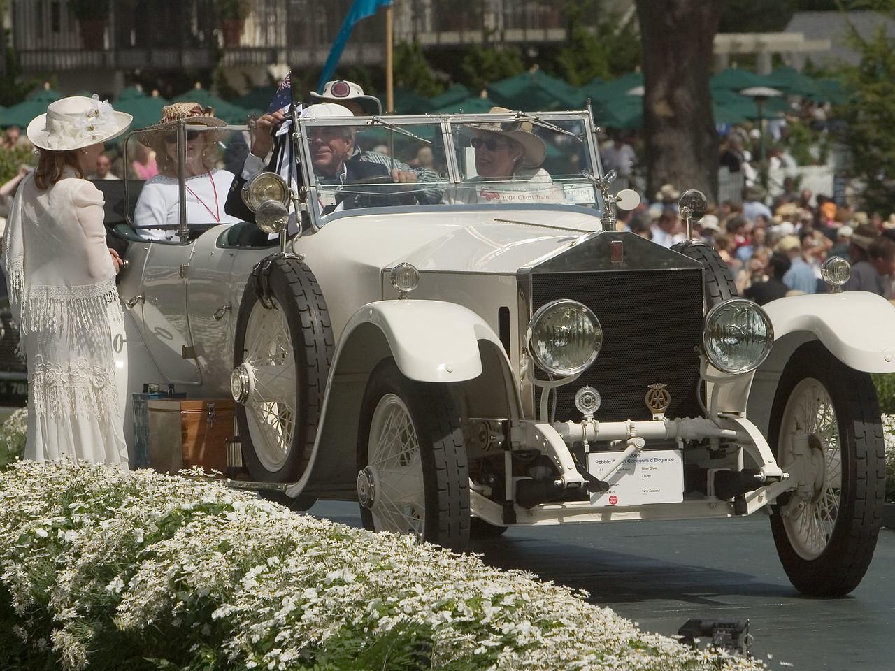 Rolls Royce Silver Ghost.