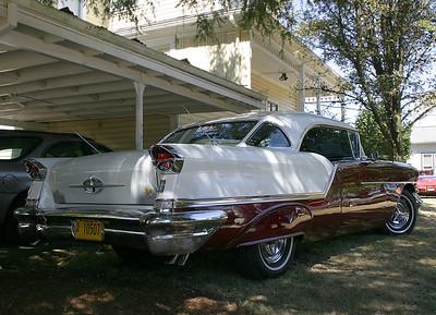 1957 Oldsmobile (49051740)
