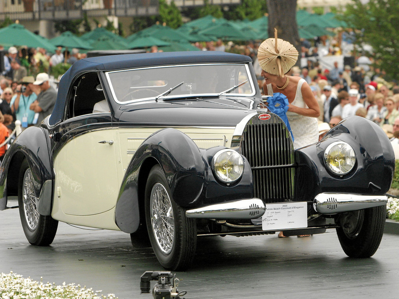 1939 Bugatti Type 57C Gangloff Aravis owned by Peter W. Mullin from Los Angeles 1st Class J-2 (European Classic 1925-1939 Open)