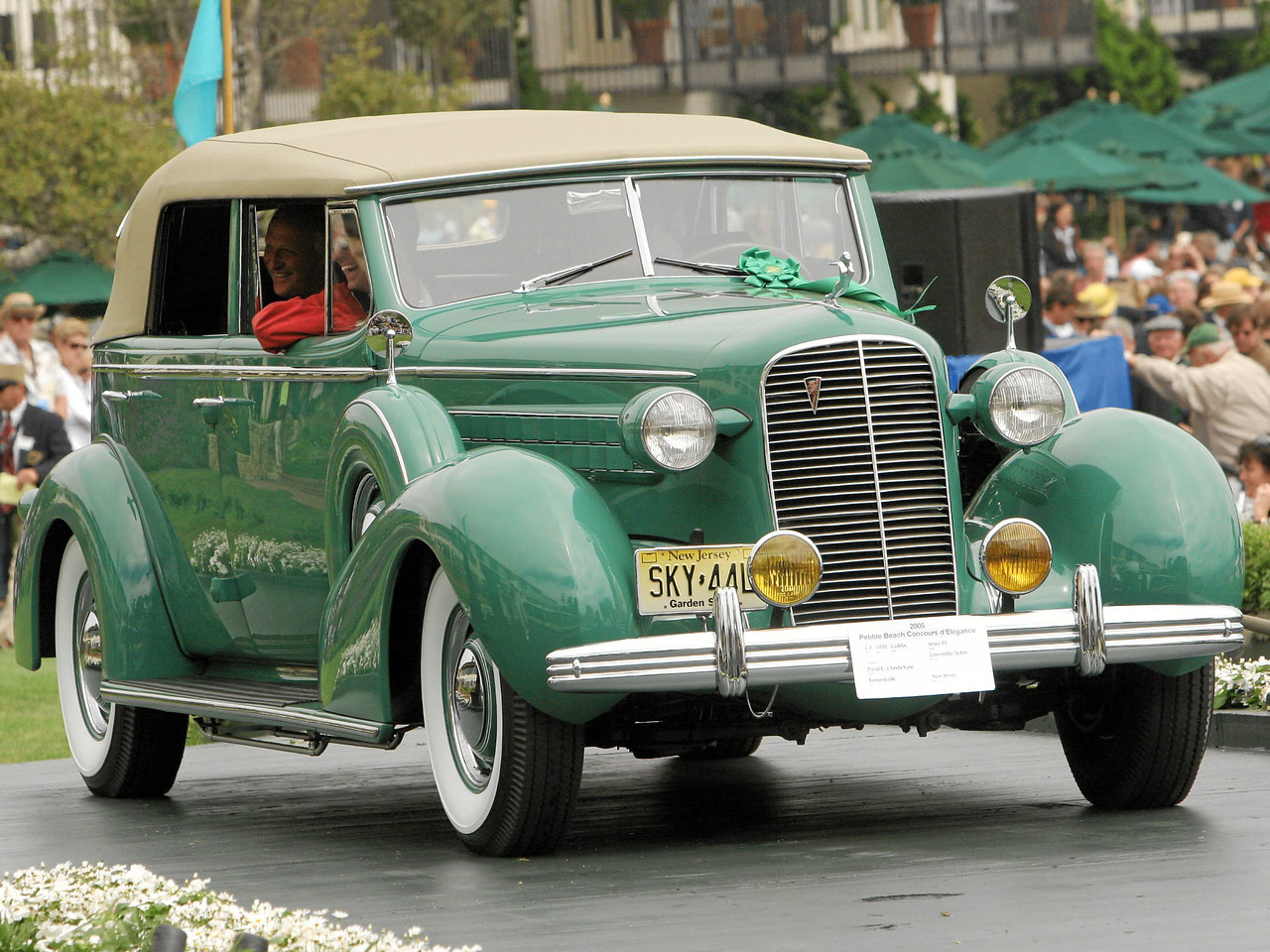 2nd Class C-1 (American Classic Open 1925-1941) 1936 Cadillac Series 85 Convertible Sedan owned by David and Linda Kane from Bernardsville, New Jersey