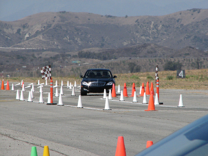 2006 09 23 Sat - MB S550 through the slalom