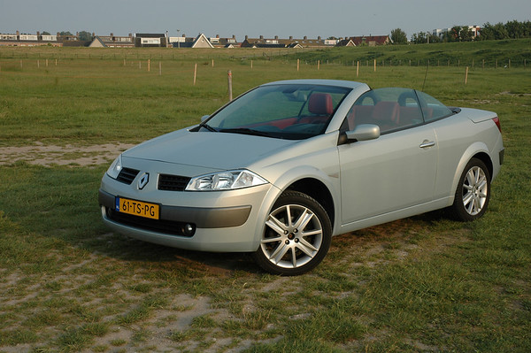 2007-06-07 Renault Megane Cabrio