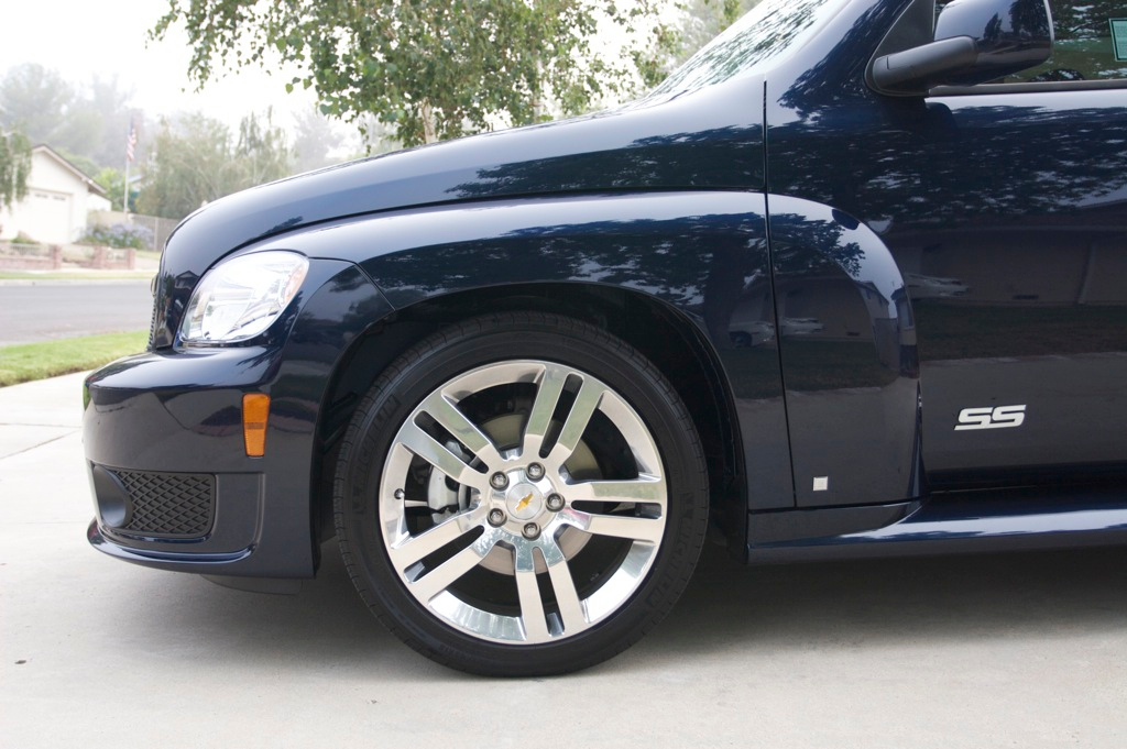 "Beautiful polished 18"" wheels."