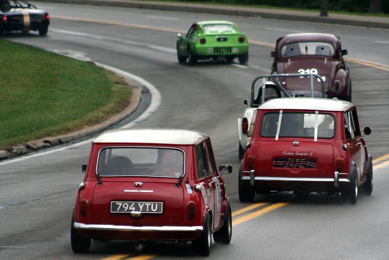 Robert Gomes - 1964 Austin Mini Cooper S<br /> Tom Chisholm - 1962 Morris Cooper