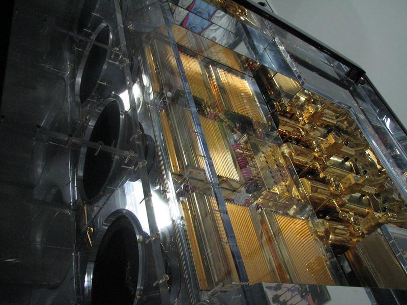2008 06 10 Tue - Oscar De La Hoya's Chevy truck sound system 1