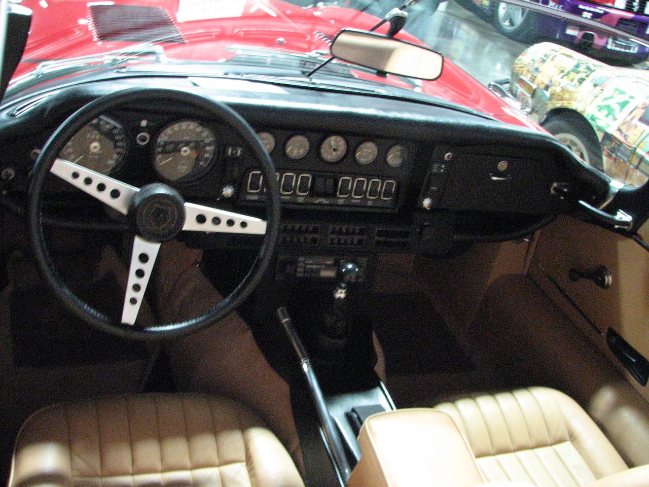 2008 06 10 Tue - 1973 Jaguar XKE V-12 SIII cockpit