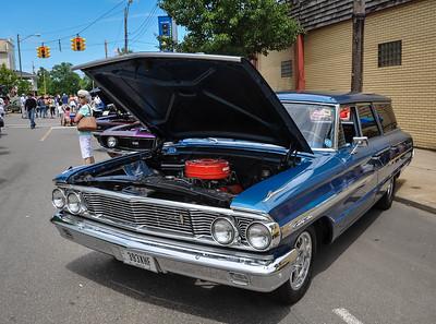 1964 Ford Galaxie Country Sedan