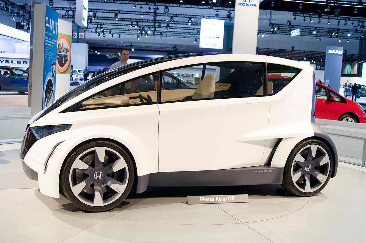 Honda Personal-Neo Urban Transport (P-NUT) Concept