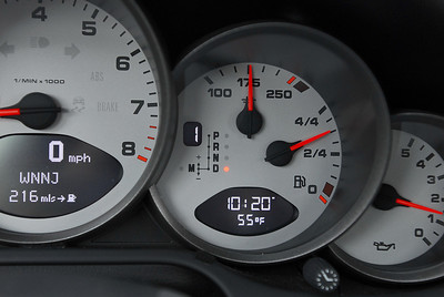 PDK mode and gear are shown in the same display as the fuel and water temp. Oil pressure gauge to the right, tach to the left.