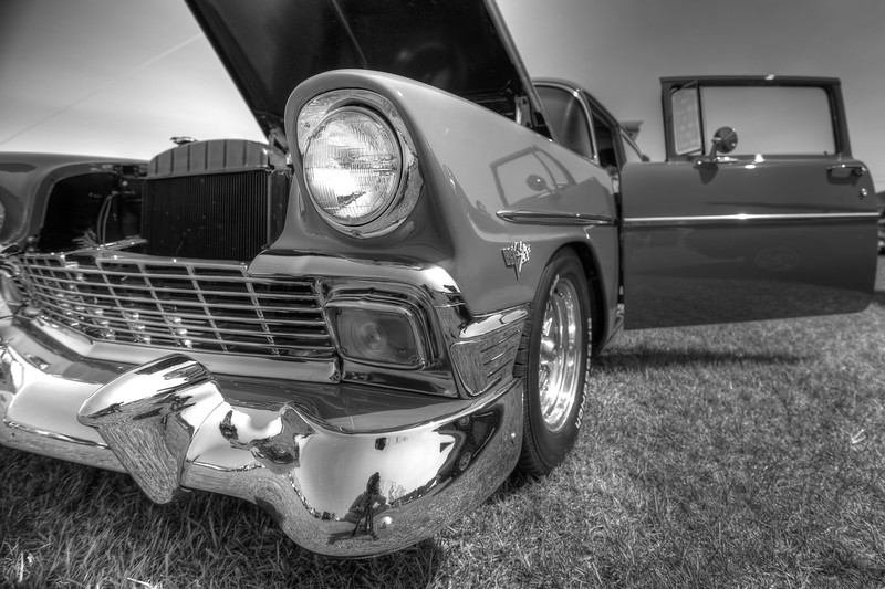 1105_2011CarShows_0368_70_72_74_76