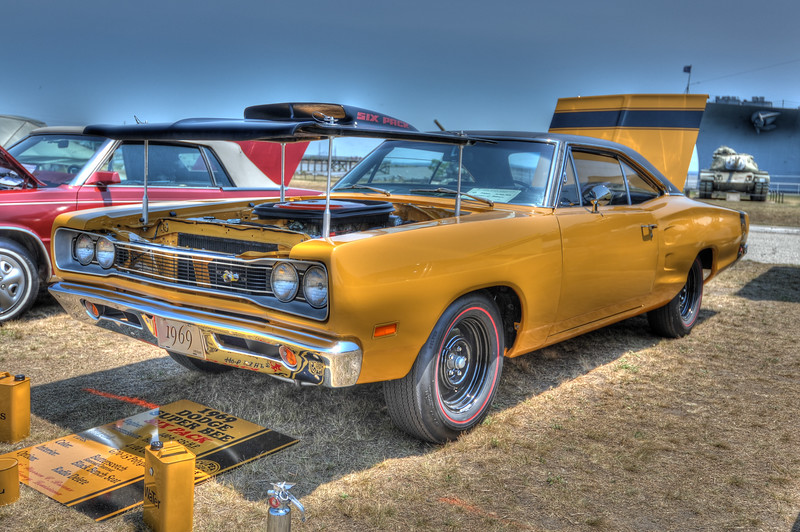 1105_2011CarShows_0006_08_10_12_14