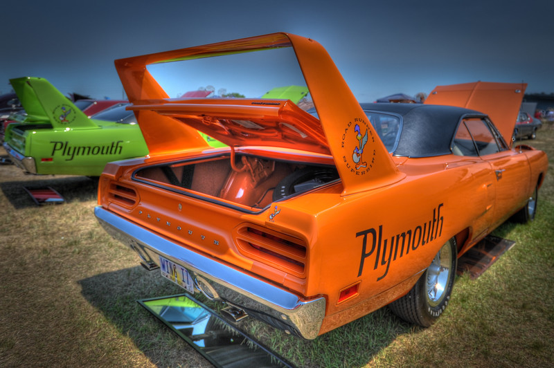 1105_2011CarShows_0128_30_32_34_36