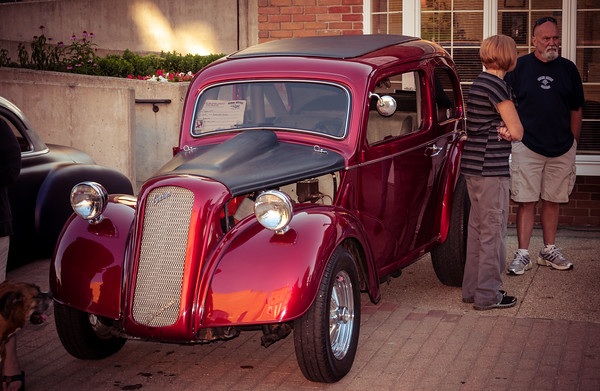 Car Photo – 1949 English Ford Anglia