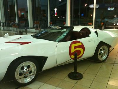 072 Speed Racer's car The Mach5