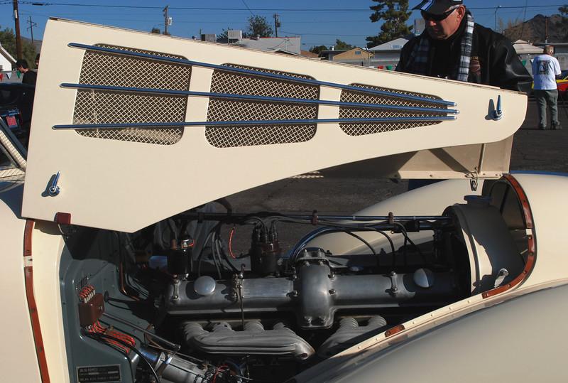 Alfa Romeo 1936 8C Zagato engine compartment side rt