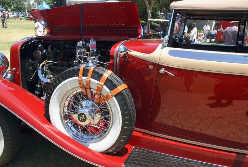 Auburn 1934 Model 1250 cowl lf