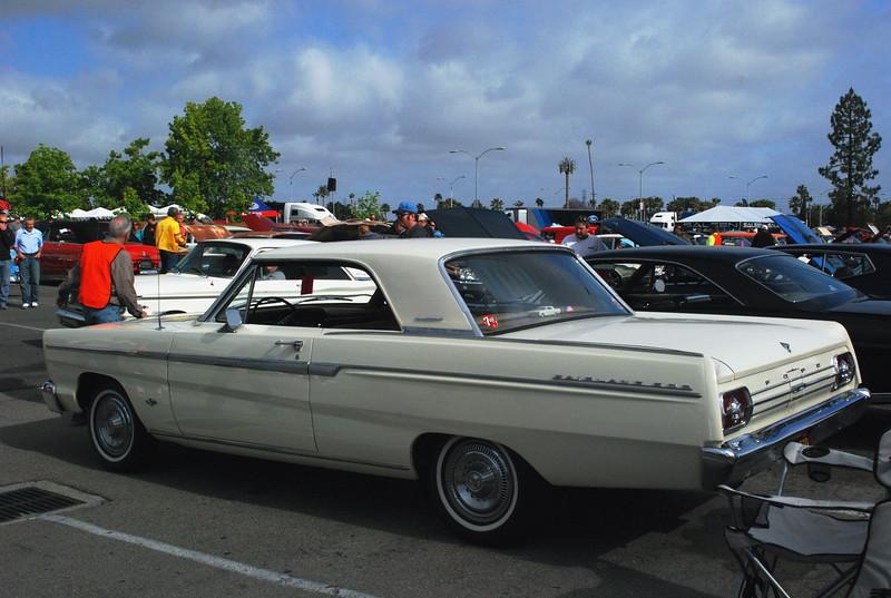 Ford 1965 Fairlane 500 ht rr lf