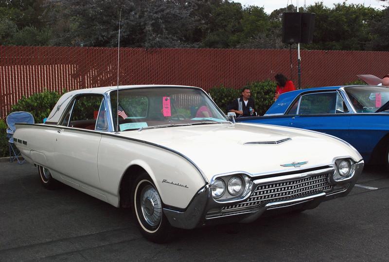 Ford 1962 Thunderbird Landau ft rt