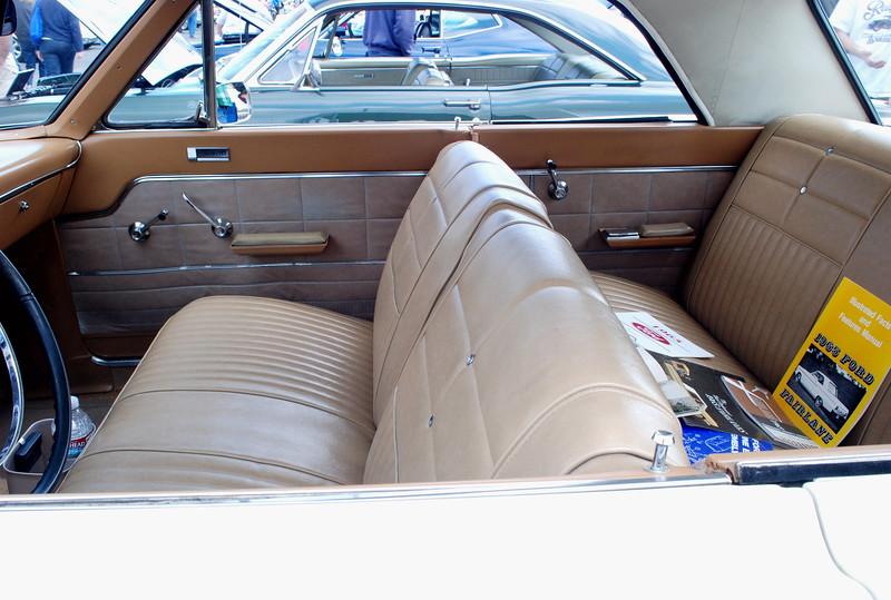 Ford 1965 Fairlane 500 ht interior side lf