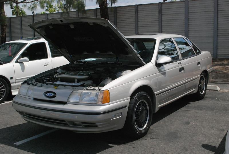 Ford 1990 Taurus SHO ft lf
