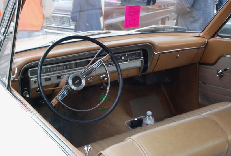 Ford 1965 Fairlane 500 ht interior dash