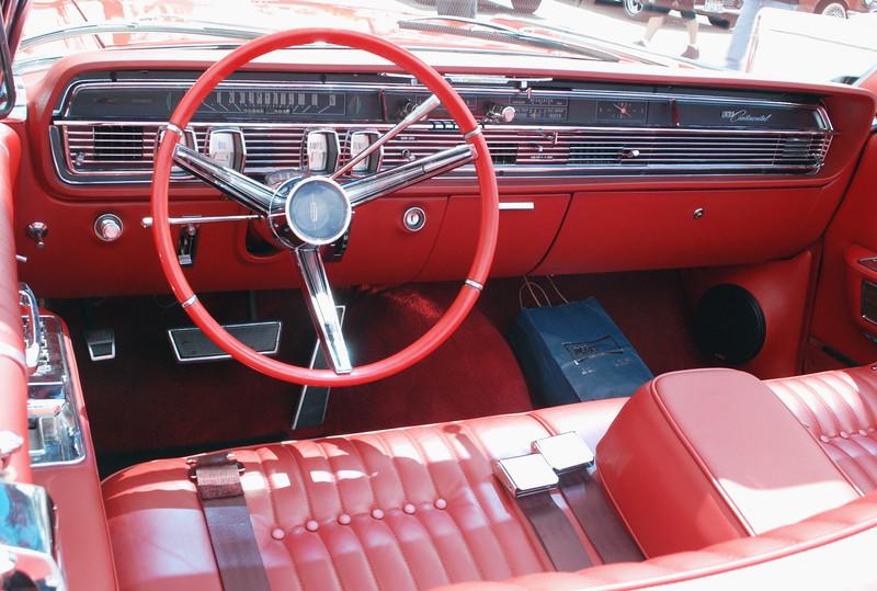 Lincoln 1964 Continental convt interior ft lf