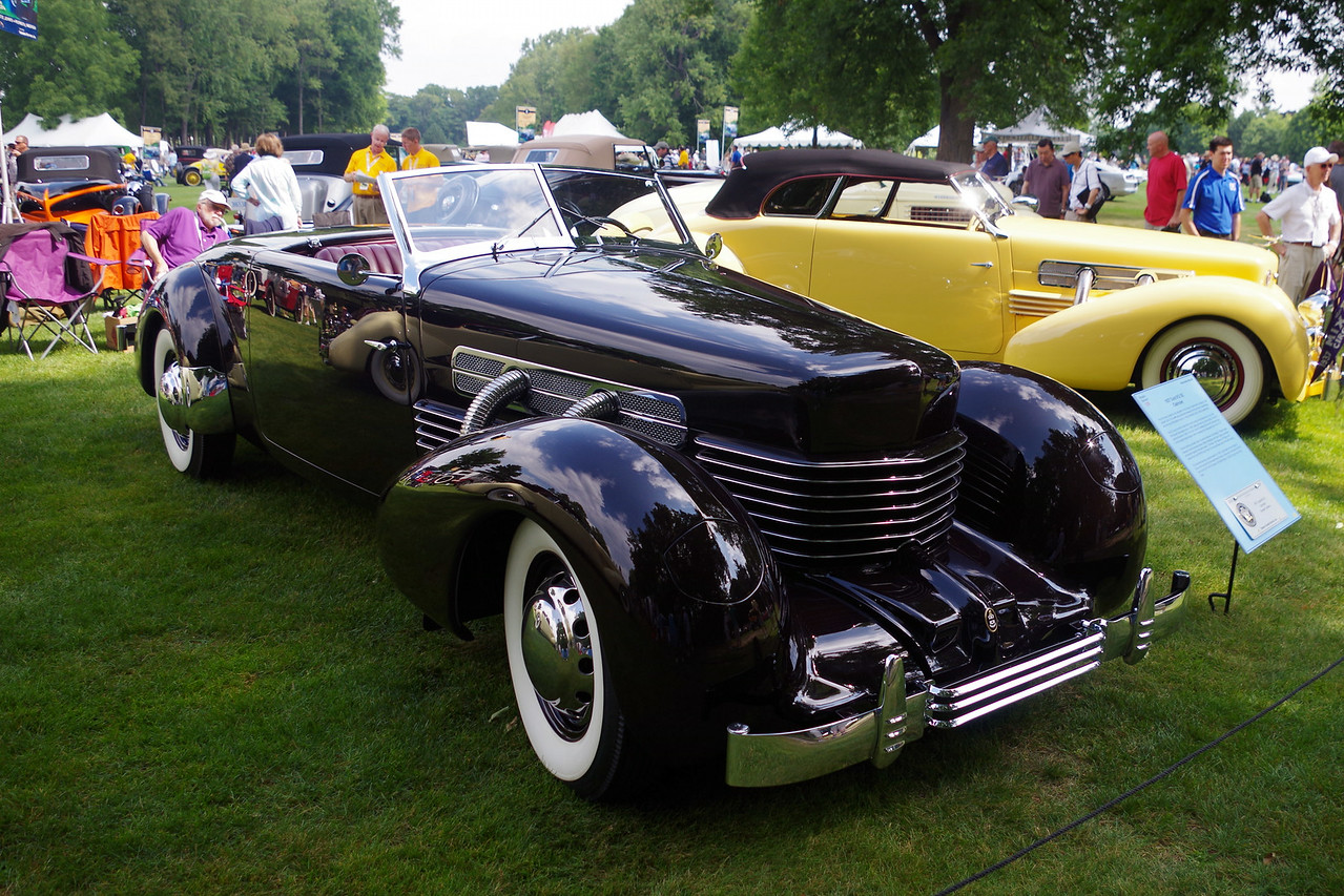 1937 Cord 812 SC