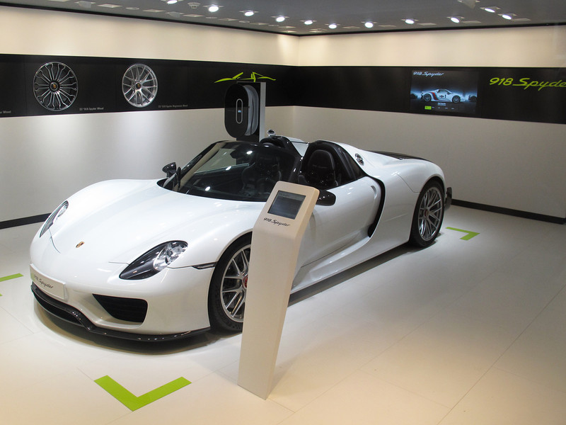 The 918 model and per the Porsche representative, 918 will be built. Yours for around $ 880,000.