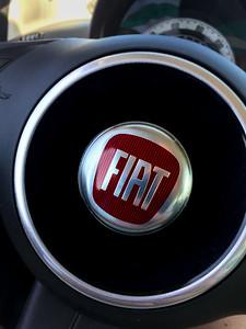 2015 Fiat 500 Badge