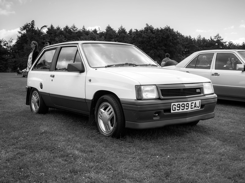 199 Vauxhall Nova SR