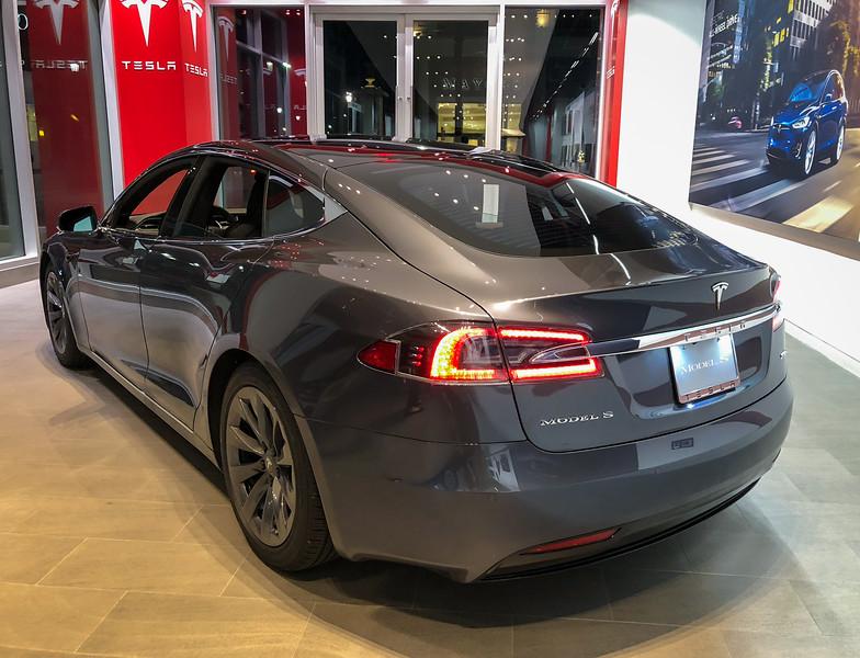 Tesla Model S 100D