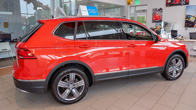 2019 VW Tiguan SEL Premium