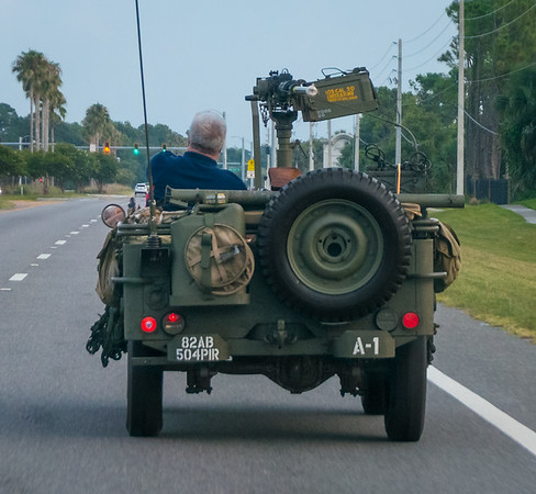 US WWII Jeep w/50 Cal