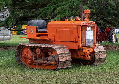 1942 Allis-Chalmers Crawler Tractor
