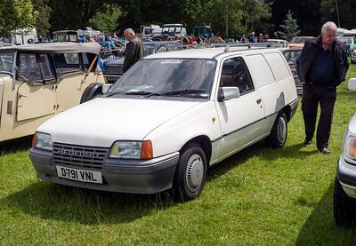 1987 Bedford Astra Van