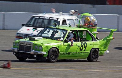 24 Hours of LeMons Sears Pointless 2014